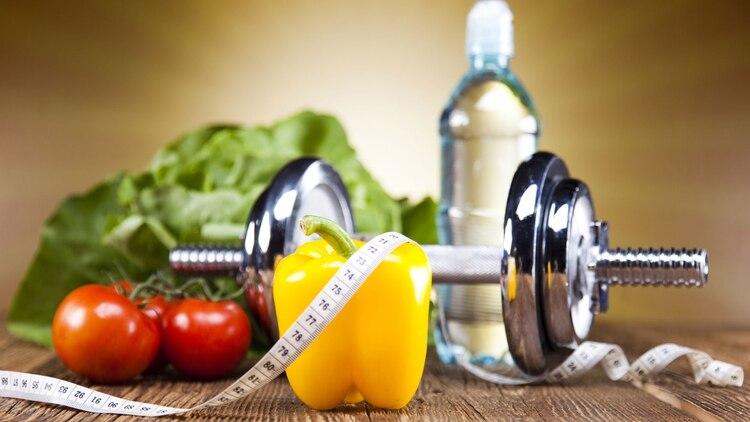 Los alimentos que consumen los deportistas son clave para tener un peso adecuado (Shutterstock)