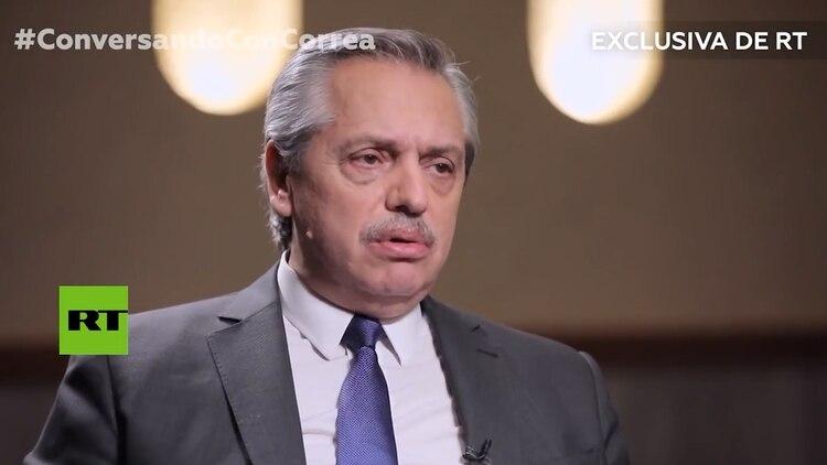 Alberto Fernández apuntó contra el presidente de Brasil, Jair Bolsonaro (RT)