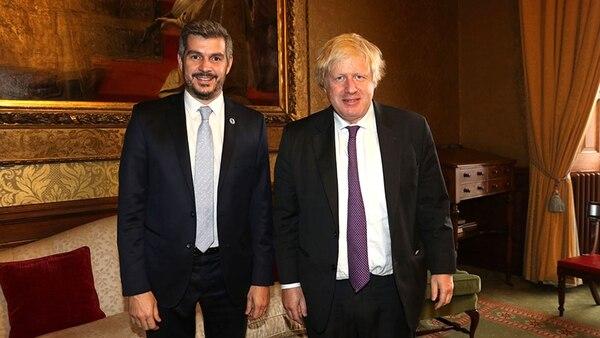 Marcos Peña se reunió en Londres con el canciller británico para ...