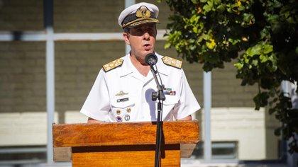 El jefe de la Armada Vicealmirante Julio Guardia durante el acto en honor a