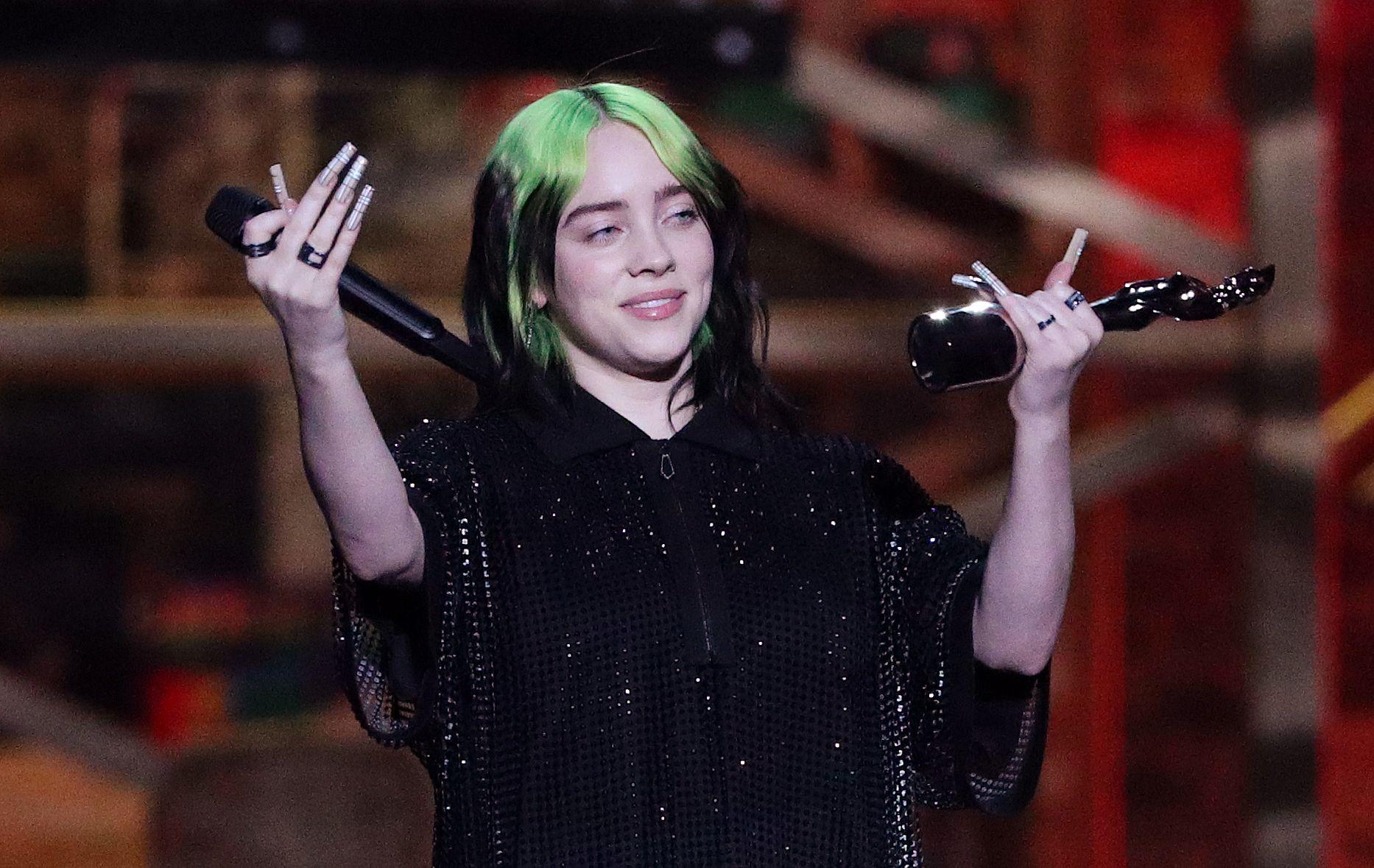 Billie Eillish es una de las artistas que formará parte del concierto a beneficio. Foto: REUTERS/Hannah Mckay
