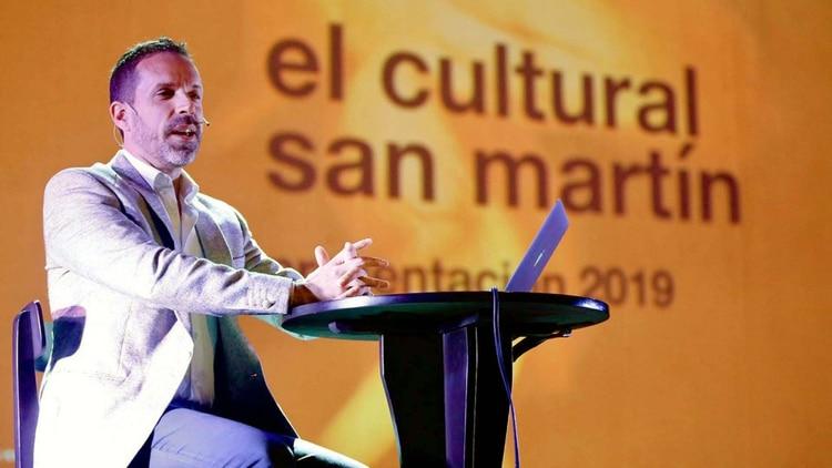 Diego Pimentel, quien estaba a cargo del Centro Cultural San Martín y fue denunciado por Anahí de la Fuente