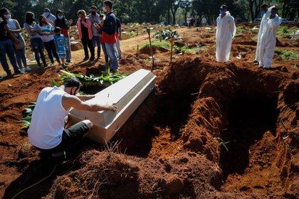 Brasil es el segundo país con más muertes por coronavirus (EFE/ Fernando Bizerra/Archivo)