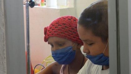 Existen unos 5,000 casos de personas que superaron el cáncer en México, cifra importante  de resaltar para animar a quienes luchan por conseguirlo (Foto: Cuartoscuro)