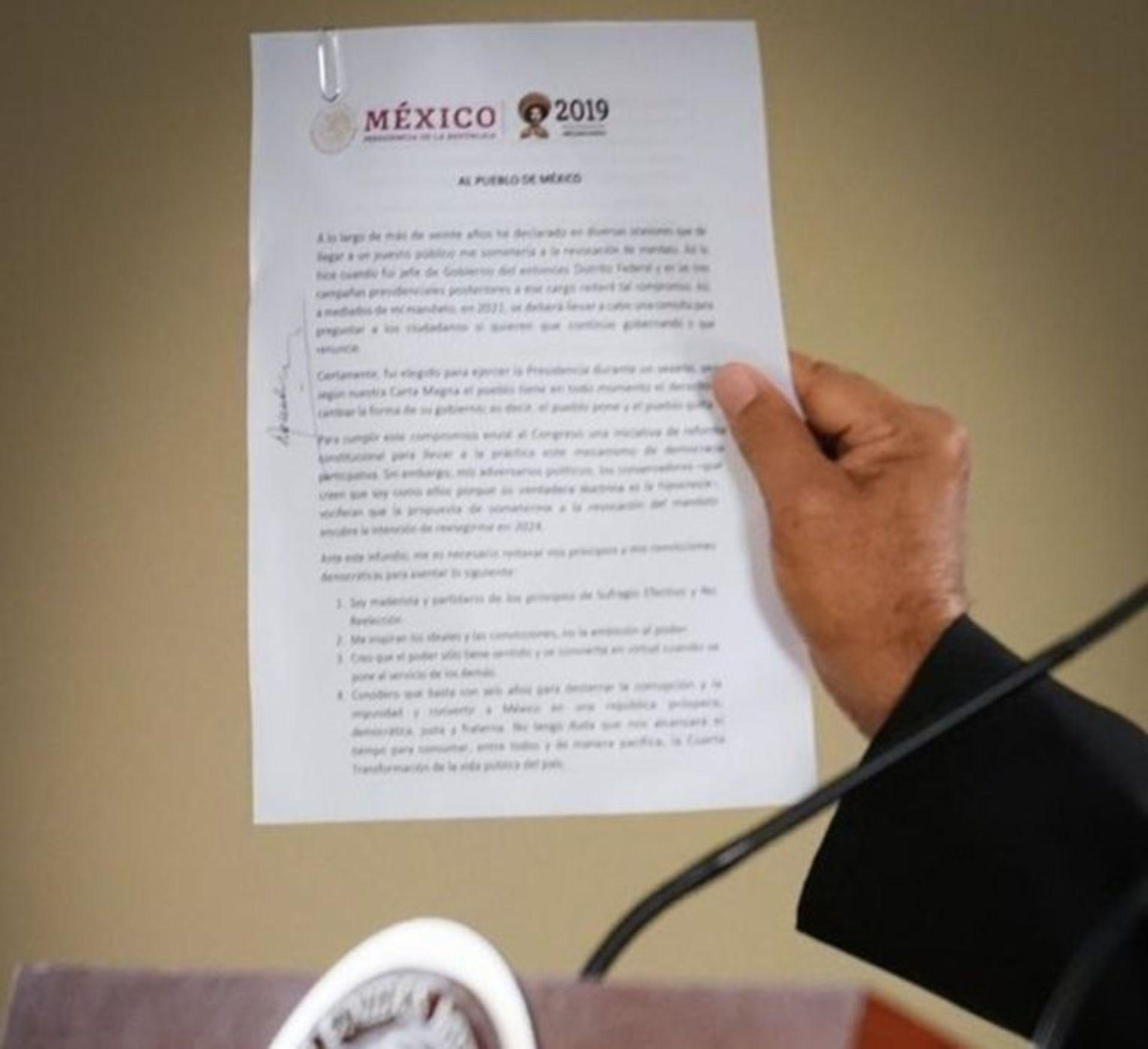 La oposición asegura que la revocación de mandato es una estrategia de Obrador para perpetuarse en el poder (Foto: Presidencia de México)