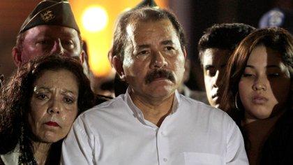 Daniel Ortega, presidente de Nicaragua, junto a su esposa y vicepresidente, Rosario Murrillo