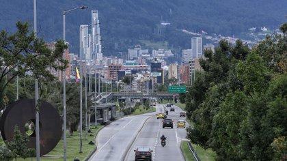En Bogotá: toque de queda desde las 8 p. m. y otras restricciones desde este martes