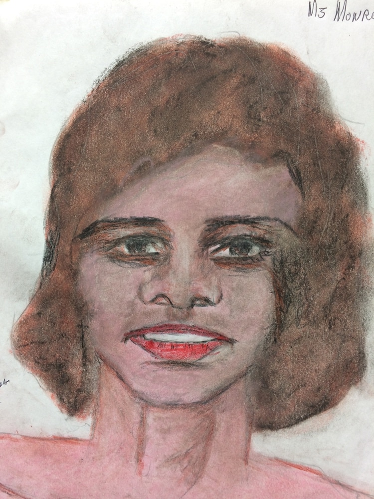 Mujer afroamericana de unos 24 años asesinada en 1987 o principios de los 90 en Monroe, Louisiana (FBI)