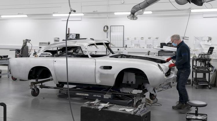 Procesos de fabricación como en los 60: cada unidad demandará seis meses.