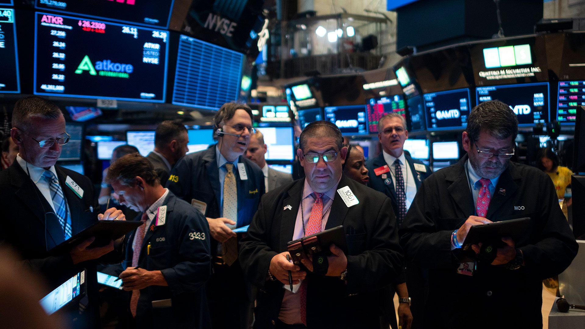 Wall Street tuvo un lunes negro