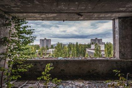 Un hotel abandonado en Pripyat, a pocos kilómetros de Chernóbil. Fotokon / Shutterstock via theconversation.com