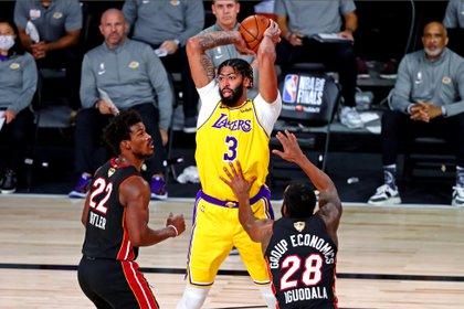 Anthony Davis, una de las piezas claves de los Lakers (Credit: Kim Klement-USA TODAY Sports)