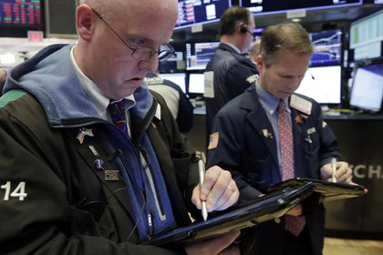 Se trata de un termómetro del nivel de confianza de los inversores (AP Photo/Richard Drew)