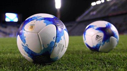 Los clubes de la Superliga deberán tener una licencia aprobada para participar del torneo (Télam)