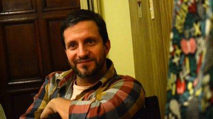 Hernán fue seminarista nueve años y antes de convertirse en cura empezó una carrera como actor porno