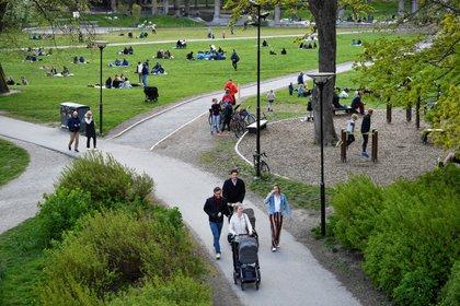 Imagen de Estocolmo, la capital de Suecia, en mayo Las autoridades abordaron la pandemia con una estrategia más relajada en comparación con el resto de las democracias occidentales. Foto:Henrik Montgomery /TT News Agency/via REUTERS