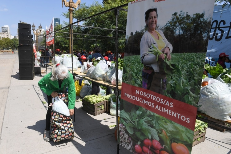 Nosotras/os producimos alimentos, se leía en los carteles que se desplegaron en la feria