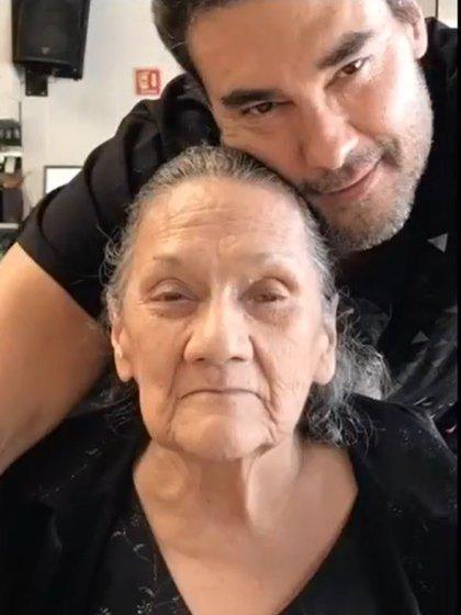 Su madre falleció en febrero (IG: eduardoyanezof)