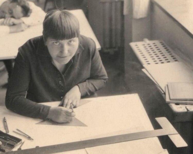 Lotte Beese, la primera mujer en estudiar arquitectura en la Bauhaus
