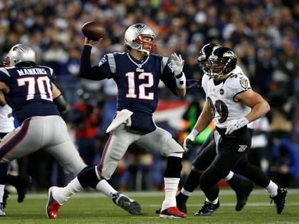 Tom Brady jugando para New England Patriots. Foto: REUTERS/Mike Segar