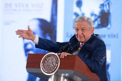 Según el sondeo, 49.6% de los encuestados consideró que López Obrador sí cumplirá con sus promesas de campaña. (Foto: Cortesía Presidencia)