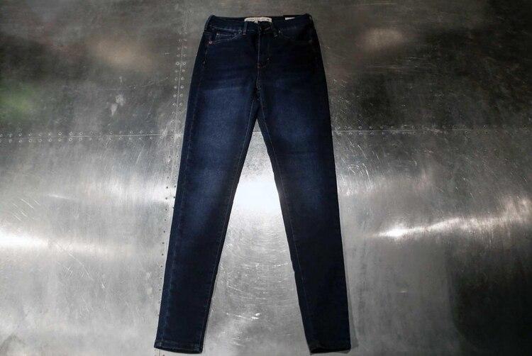 El secreto de por qué los jeans en la Argentina cuestan entre  600 y ... aef627736d7f