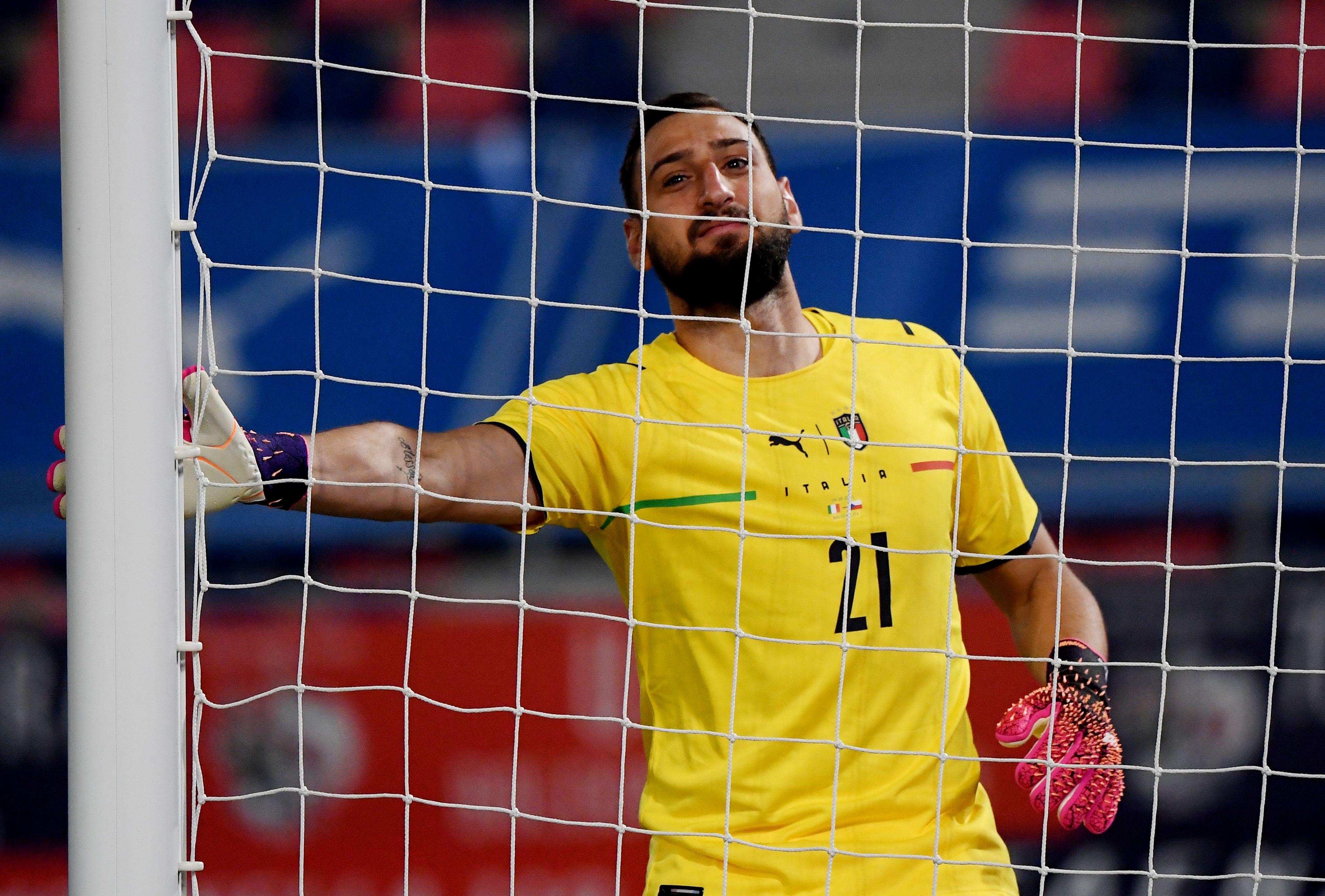 Con 22 años, Donnarumma es internacional con la selección italiana (Reuters)