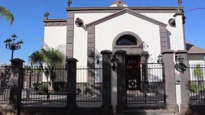 Vista del exterior de la tumba de Édgar Guzmán López, asesinado en 2008 (Foto: Archivo)