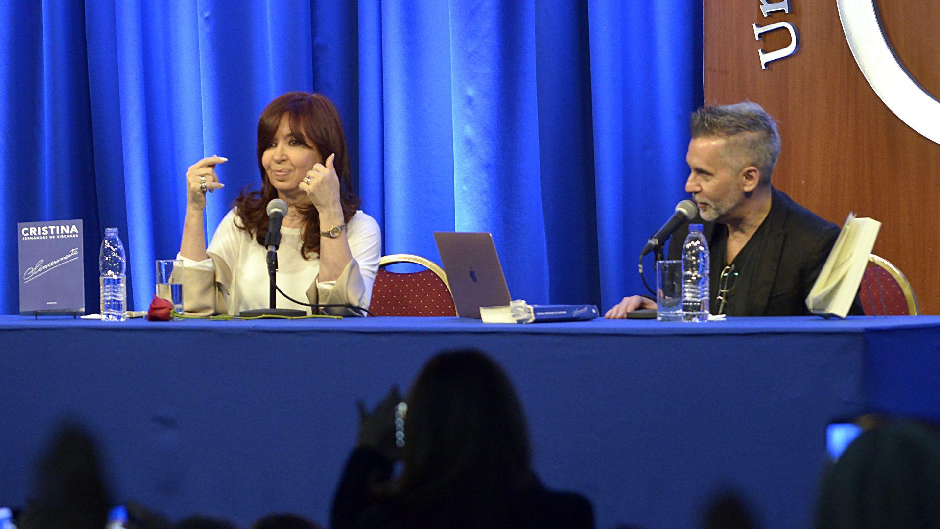 Cristina Kirchner junto a Marcelo Figueras en La Matanza (Gustavo Gavotti)