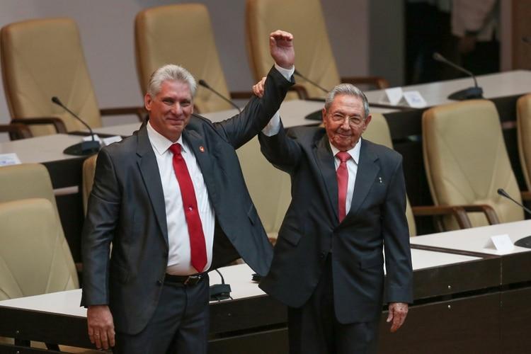 El régimen cubano busca renovar su defensa(Reuters)