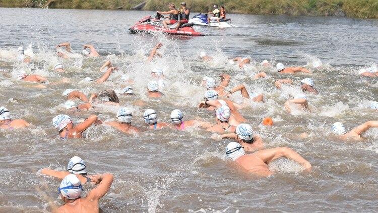 La competición Riomar 2020 tuvo este año 550 inscriptos. Es la primera vez en 37 ediciones que uno de los nadadores desaparece en medio de la carrera