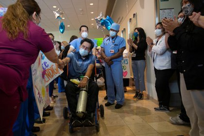 La OPS advierte que la tasa de contagios es aún muy alta en México y otros países del continente americano (Foto: REUTERS/Mike Blake)