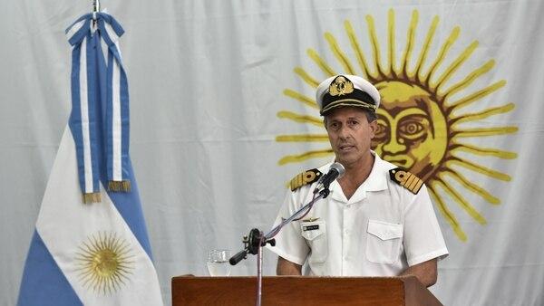 Enrique Balbi en la conferencia por los dos meses de la desaparición del submarino (Adrián Escandar)