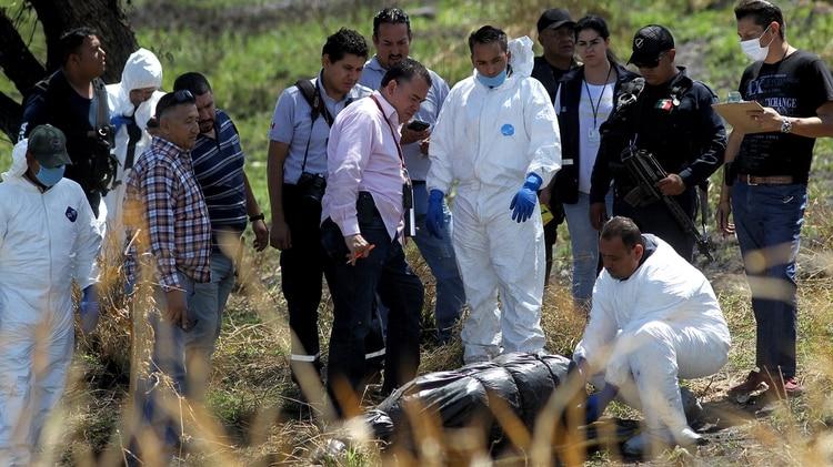 75ebaf6fb Al menos 19 cuerpos fueron encontrados en Ixtlahuacán de los Membrillos, en  Jalisco, estado