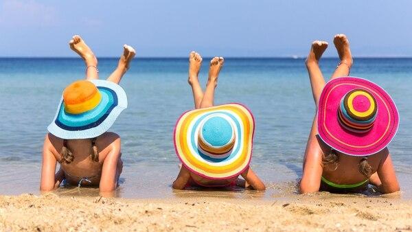 La sobreexposición a la luz solar tiene efectos nocivos sobre la piel (Getty)