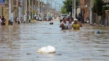 114 personas murieron desde enero debido a las lluvias y aludes (Reuters)