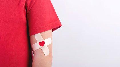 Muchos pacientes oncohematológicos necesitan transfusiones y durante estos meses de aislamiento se ha observado una dramática disminución de la cantidad de donaciones (Shutterstock)