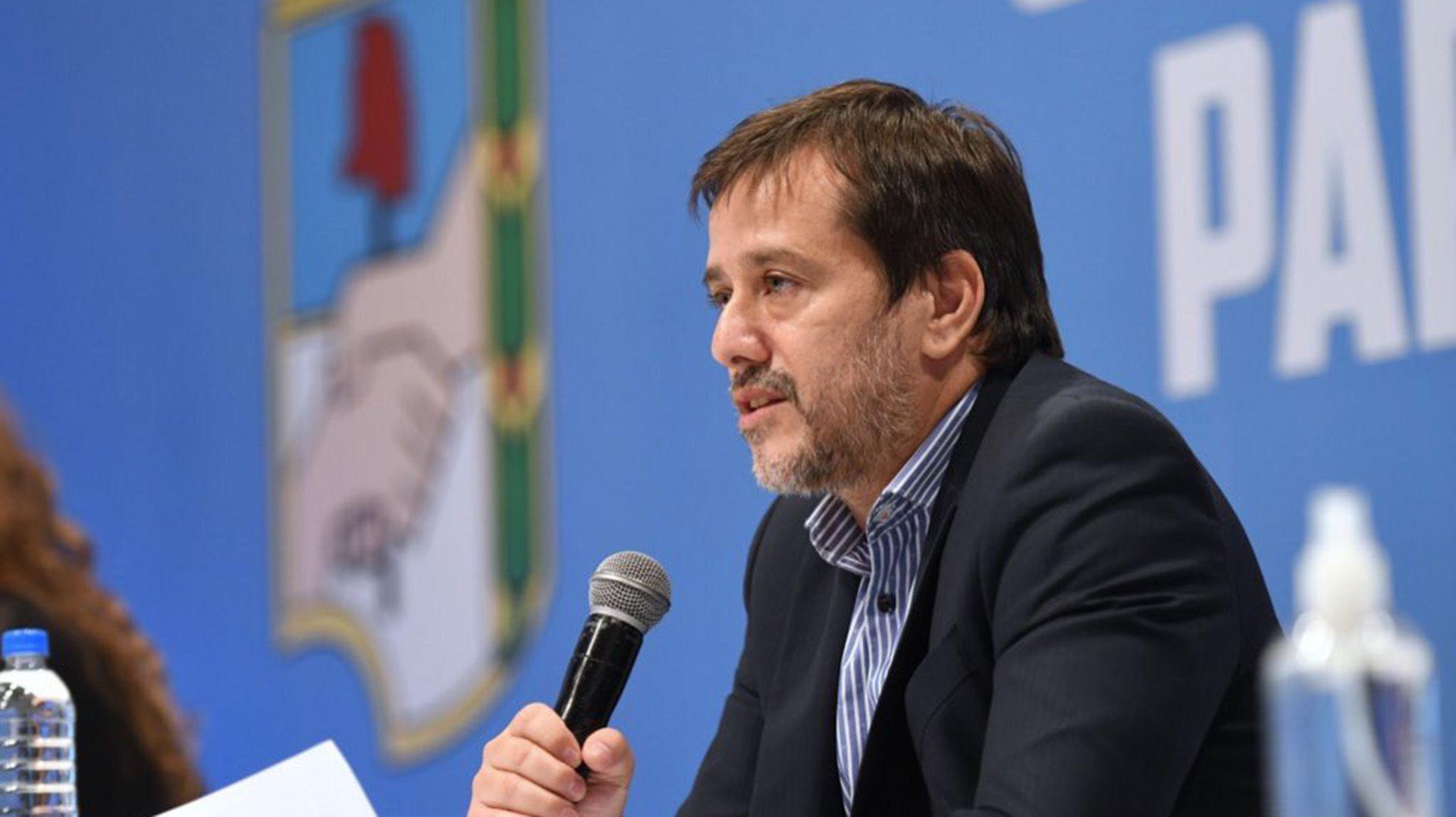 Mariano Recalde en el Consejo Metropolitano del Partido Justicialista