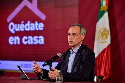 López-Gatell ha adelantado en los últimos días que la fase 3 iniciará a finales de abril (Foto: Cortesía Presidencia)