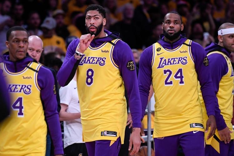 Anthony Davis y LeBron James fueron de los jugadores más conmocionados al enterarse de la muerte de Kobe Bryant (USA TODAY Sports)