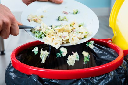 En Argentina, las cifras ascienden a un desperdicio anual de 16 millones de toneladas de alimentos (Shutterstock)