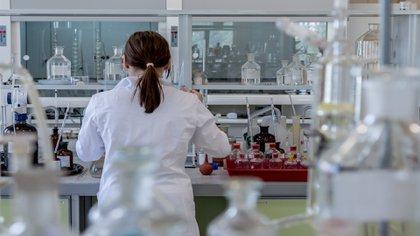 Los pacientes con VIH están condenados a tomar por el resto de sus vidas un tratamiento que reduzca la carga del virus a un mínimo para no desarrollar SIDA (Foto: Pixabay)