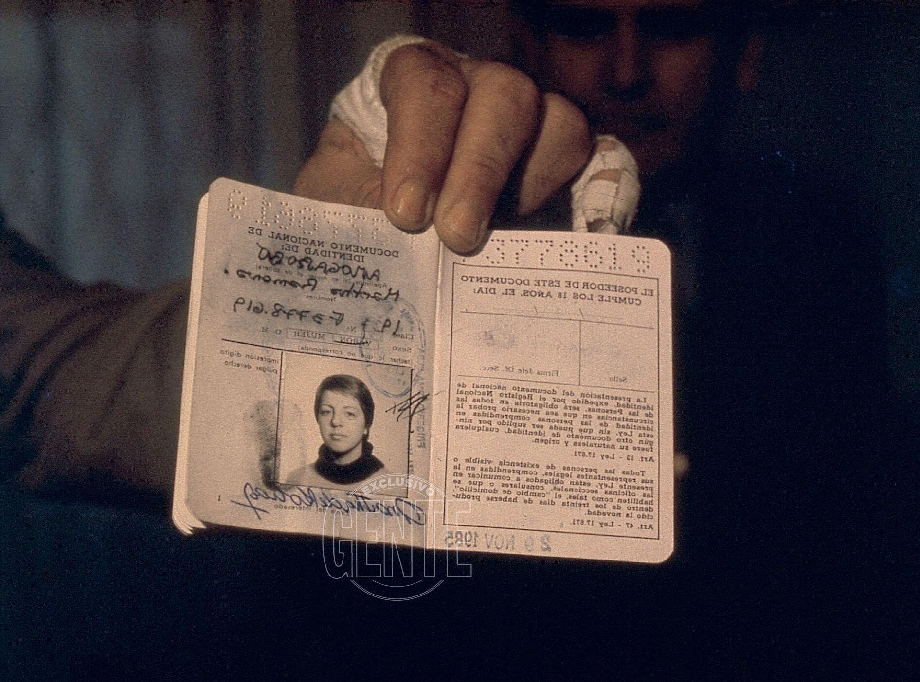 El documento falsificado que llevaba Sobrero cuando escapó del penal de Ezeiza en 1986