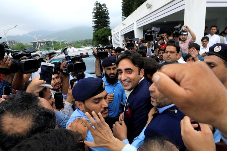 Bilawal Bhutto Zardari, presidente del Partido Popular de Pakistán (PPP), y miembro de la Asamblea Nacional (Cámara Baja del Parlamento) se manifestó en contra de la medida. (Reuters)