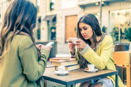 Las redes socialesestán siendo cada vez más criticadas por sus efectos en las sociedad (Getty Images)