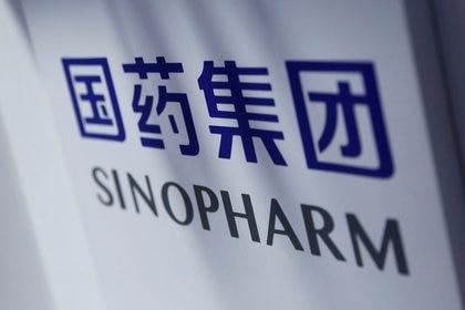 Anteriormente, Sinopharm informó que su vacuna también obtuvo datos muy alentadores. A diferencia de Pfizer, cuyos resultados surgen de ensayos clínicos, las conclusiones se basan en la observación después del uso de emergencia (REUTERS)