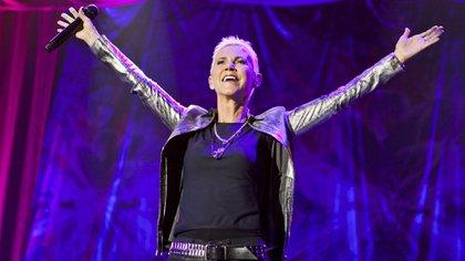 Marie Fredriksson, la  cantante de Roxette, en uno de sus últimos conciertos en Hallenstadion, Zurich, Suiza (Shutterstock)