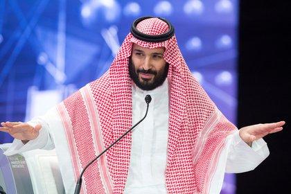 El príncipe heredero Mohammed bin Salman durante un foro en Riad en 2018 (Bandar Algaloud/REUTERS)