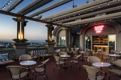 El rooftop del Alvear Palace Hotel en el corazón de Recoleta, con vistas a lo mejor del barrio porteño