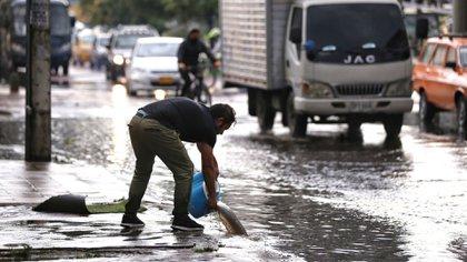 Bogotá. Noviembre 19 de 2020. Fuertes lluvias en Bogotá. (Colprensa - Camila Díaz)
